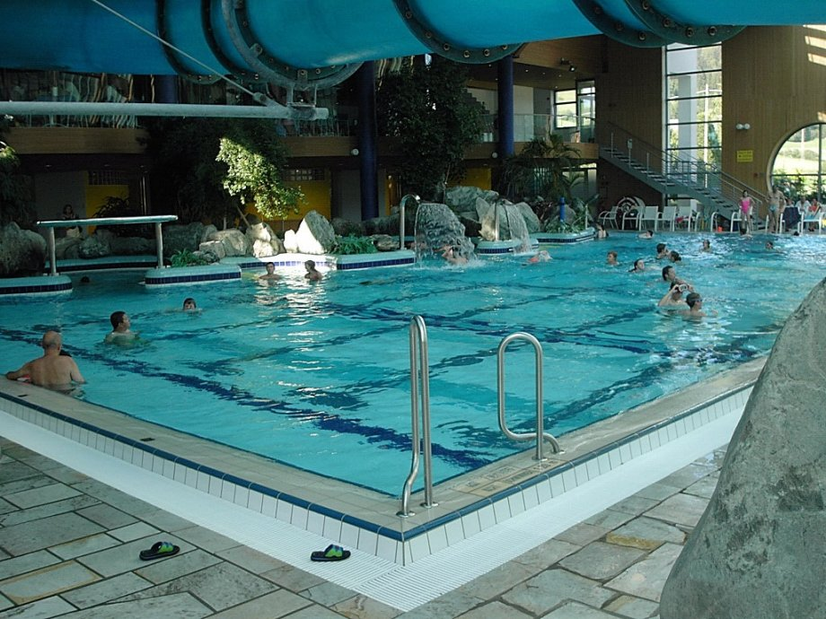 Pool market righi - Piscina coperta laives bz ...