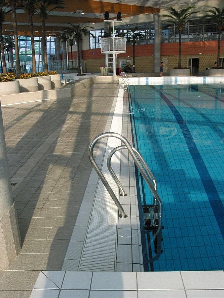 Pool market righi for Boulogne sur mer camping avec piscine