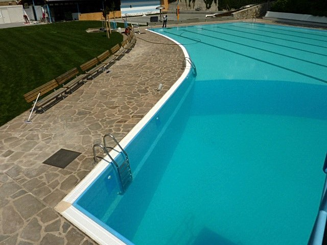 Piscina di silandro bz pool market righi - Piscina coperta laives bz ...